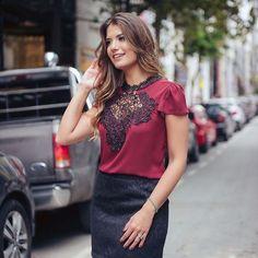 """300 curtidas, 3 comentários - Mells Moda (@mellsmoda) no Instagram: """"Tem novidades no site ❤ como essa blusa incrível!  Blusa Miranda.  R$ 139,90.  Compras pelo site…"""""""