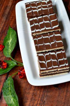 Dessert Recipes, Desserts, Waffles, Caramel, Sweets, Cream, Breakfast, Healthy, Cakes