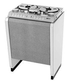 Studer C37 Tape Machine - Remix Numérisation - www.remix-numerisation.fr - Rendez vos souvenirs durables ! - Sauvegarde - Transfert - Copie - Digitalisation - Restauration de bande magnétique Audio - MiniDisc - Cassette Audio et Cassette VHS - VHSC - SVHSC - Video8 - Hi8 - Digital8 - MiniDv - Laserdisc - Bobine fil d'acier - Micro-cassette - Digitalisation audio - Elcaset