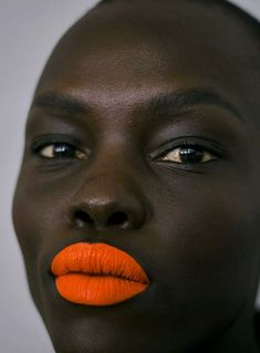 orange you glad Minimalist Makeup, Minimalist Beauty, Runway Makeup, Beauty Makeup, Hair Beauty, Free Black Girls, Orange Lipstick, Red Lips, Bright Lips