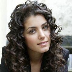 Katie Melua has my dream hair. Katie Melua, Dark Curly Hair, Dream Hair, Hair Photo, Her Music, Girl Crushes, Up Hairstyles, Naturally Curly, Her Hair