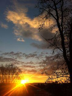 My Monday morning sunrise.
