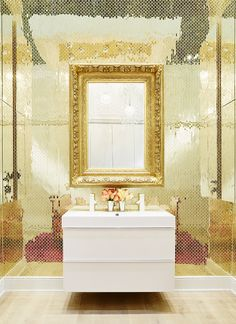 Glittering  gold  backdrop provides the perfect compliment to the GODMORGON high gloss white vanity