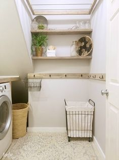 Farmhouse style laundry room makeover reveal! | twelveOeight