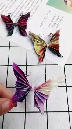 Origami Flowers 82753711890509799 - 16 Simply Creative Paper Animal Crafts For Kids Source by natiblue Paper Animal Crafts, Paper Butterfly Crafts, Paper Flowers Craft, Paper Crafts Origami, Paper Animals, Paper Crafts For Kids, Diy Arts And Crafts, Origami Paper, Flower Crafts