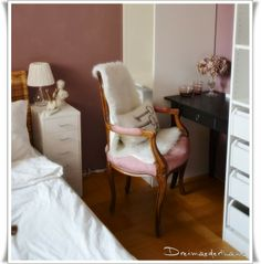 Schlafzimmer Wingback Chair, Accent Chairs, Furniture, Home Decor, Bed Room, Homes, Homemade Home Decor, Wingback Chairs, Home Furnishings