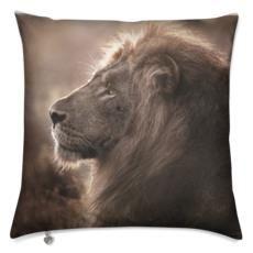 Printed one side, back ivory beige. Luxury Cushions, Animal Decor, Lion, Ivory, Velvet, Beige, Wall Art, Printed, Travel
