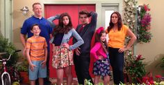 The Thundermans: a superhero family who want to live a normal life. Well, that's not so easy. Nickelodeon The Thundermans, Nick Tv Shows, Max Thunderman, Addison Riecke, Superhero Family, Fish Face, Nickelodeon Shows, Kira Kosarin, Popular Shows