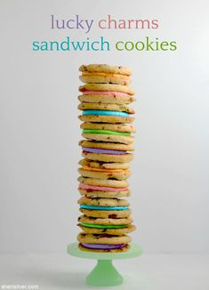 lucky charms sandwich cookies are the perfect treat for st. Pink Cookies, Cake Cookies, Cookie Desserts, Cookie Jars, Lucky Charms Marshmallows, Lemon Mousse, No Sugar Foods, Lemon Recipes, Sandwich Cookies