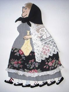 De roba! Collage, Whimsical Art, Crafts For Kids, Easter, Costumes, Creative, Xmas, Blog, Scrappy Quilts