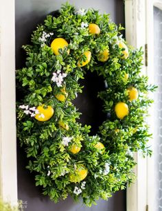 DiY Summer Lemon Wreath - The Navage Patch More