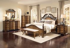 this bedroom set makes me really wish i had a bedroom large enough to hold it!