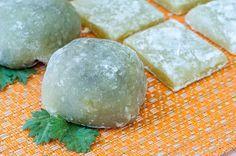 The 3 Foragers: Foraging for Wild, Natural, Organic Food: Mugwort Recipe - Mugwort Mochi