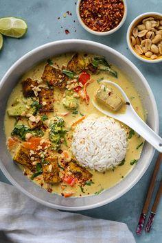 Peanut Curry, Plats Healthy, Cooking Recipes, Healthy Recipes, Thai Vegetarian Recipes, Vegetarian Thai Curry, Thai Curry Recipes, Peanut Recipes, Veggie Recipes