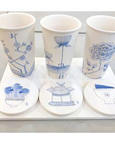 [부산민화] 도자기에 그려진 민화그림 어때요? : 네이버 블로그 Korean Painting, Painting For Kids, Art And Fear, Korean Cafe, Kids Clay, Pottery Painting, Hand Painted Ceramics, Art Techniques, Ceramic Pottery