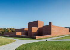 Portuguese architect Álvaro Siza has completed a red brick complex housing a theatre in Llinars del Vallès, a village outside Barcelona.