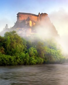 Oravsky Hrad and Orava River in the Morning Mist, Slovakia Beautiful Castles, Beautiful Places, Central Europe, Eastern Europe, Luxury Travel, Monument Valley, Places To Visit, Around The Worlds, River