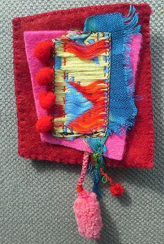 Broche textile. Composition colorée. Bijou unique. par VeronikB