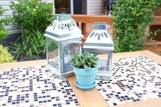 This DIY outdoor checkers game table has a secret! It doubles as a pretty mosaic top patio table. We have the complete tutorial for this DIY project. Kreg Jig Projects, Diy Projects, Outdoor Checkers, Tile Tables, Patio Table, Table Games, Mosaic, Garden Ideas, Woman