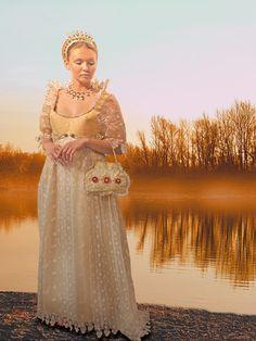 Paper Dress designed by Noemie Reichert