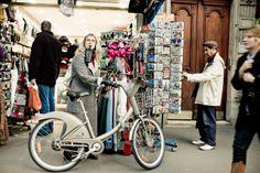 Crédit : Yanidel Bicycle Race, Bike, Cool Girl, Racing, Queen, Paris, Street, Photography, Bicycle