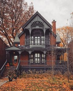 architecture old gothic victorian houses Style At Home, Style Blog, Mansion Homes, Dream Mansion, Autumn Cozy, Cute House, Victorian Architecture, Architecture Cake, Ancient Architecture