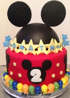 MIKEY MOUSE CAKE BY SWEET TREAT www.sweettreatusa.com
