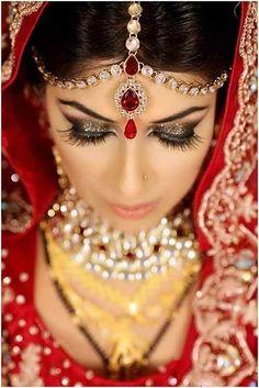 Bengali bridal look jewellery