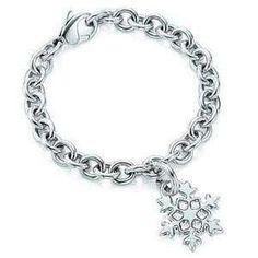 Snowflake bracelet. So pretty! Want!
