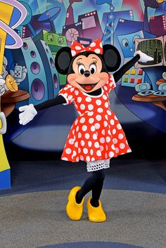 Minnie Mouse at EPCOT, Walt Disney World | Flickr - Photo Sharing!