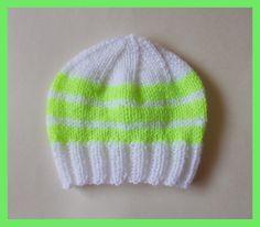 marianna's lazy daisy days: Bright Stripes Newborn Baby Hats