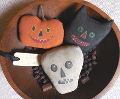 Primitive Handpainted HALLOWEEN Bowl Fillers Black Cat JOL Skull Pillow Tucks #NaivePrimitive #Idid