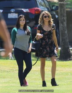 Sarah Hyland and Ariel Winter take a stroll while filming for the hit ABC show 'Modern Family' in Pasadena http://icelebz.com/events/sarah_hyland_and_ariel_winter_take_a_stroll_while_filming_for_the_hit_abc_show_modern_family_in_pasadena/photo1.html