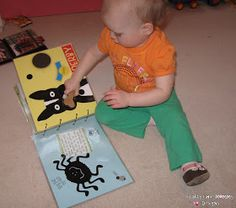 Crafty Chic Mommy: DIY KIDS BUSY BOOK - TIPS FOR TOTS TUESDAY