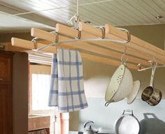 The Pulley Maid modern kitchen clothes airer, pulley operated drying rack Indoor Clothes Drying Rack, Drying Room, Wooden Plate Rack, Plate Rack Wall, Drying Rack Laundry, Laundry Dryer, Keep Calm And Diy, Laundry Room Remodel, Steel Racks