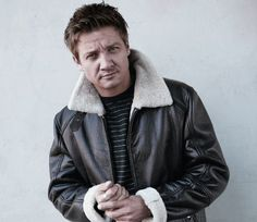 Men's Health - Celebrity Fitness - Jeremy Renner's Acting Challenges