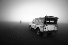 Starring: Land Rover Defender (by Hengki Koentjoro) Landrover Defender, Defender 90, Semarang, Motorcycle Camping, Camping Gear, Adventure Car, Car Experience, Best 4x4, Bug Out Vehicle