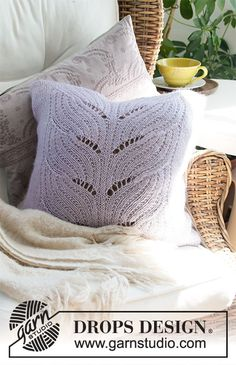 Lilac Leaves - Knitted cushion cover with lace pattern in DROPS Alpaca and DROPS Kid-Silk. Knitted Cushion Covers, Knitted Cushions, Knitted Blankets, Drops Design, Knitting Patterns Free, Free Knitting, Crochet Patterns, Drops Kid Silk, Leave Pattern