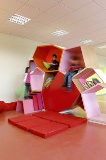 Learn-Move-Play-Ground, Baladilab with Susanne Hofman Architekten and Baupiloten, Cairo Egypt, 2012 - Playscapes Kids Play Spaces, Learning Spaces, Classroom Organisation, Classroom Design, Design Maternelle, Kindergarten Design, Paper Toy, Green School, Deco