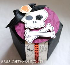 Howl-O-ween Treats Hexagon Gift Box. www.carriestamps.com