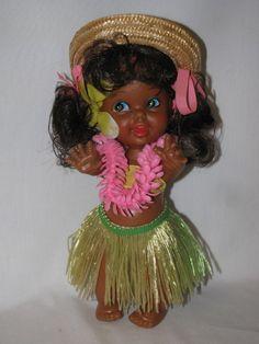 Darling 10  Hawaiian Little Girl Hula Doll With Box Hong Kong