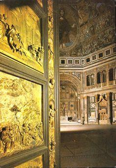 La porta del Paradiso è aperta! Italian Renaissance, Renaissance Art, Florence Baptistery, Lorenzo Ghiberti, Firenze Italy, Places In Italy, Italian Artist, Italian Style, San Giovanni