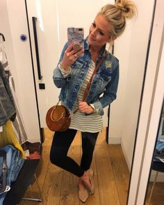 jean jacket outfits Casual outfit with jean jacket, striped shirt, leggings Look Fashion, Autumn Fashion, Fashion Outfits, Womens Fashion, Fashion Trends, Fashion Spring, Dress Fashion, Fashion Clothes, Fashion Ideas