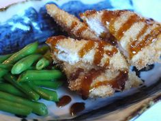 chicken katsu Food Articles, Fresh Bread, Recipe Using, Favorite Recipes, Japanese, Healthy Recipes, Chicken, Meat, Cooking
