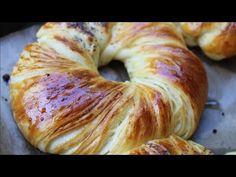 brioches sfogliato super morbido in modo semplice 👍 - YouTube Baked Potato Recipes, Bread Recipes, Cake Recipes, Cooking Recipes, Morrocan Food, Great Desserts, Turkish Recipes, Bread Rolls, Sweet Bread