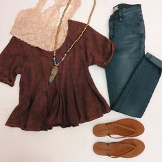 We're falling in love with neutrals all over again! Free People top and jeans plus Lucky Brand flip flops.