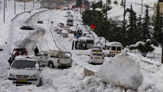 Soll diesmal vermieden werden: Chaos auf Jerusalems Straßen nach einem Schneesturm im Dezember 2013.