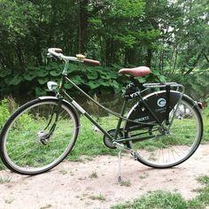 #ECOHOTELS #BICYCLES #SWD #GREEN2STAY **FIETS GEZOCHT - WIN EEN GRATIS NACHT** Na een dwaze nacht (je kent ze wel) zijn 2 van onze gloednieuwe Roetz fietsen verdwaald geraakt. We hebben wel de sleutels nog! Heb jij een van deze groene Roetz fietsen met Conscious logo en nummer 205 en 206 gezien? Stuur ons dan een PM en win een gratis nachtje slapen in The Tire Station!  http://www.green2stay.com/uk-and-europe-eco-hotels