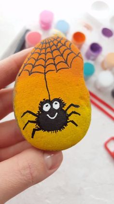 Cute rock painting tutorial with spider. Great craft project idea for kids. With Artistro Rock painting kit you can get everything you need for your unique and creative art projects. Rock Painting Patterns, Rock Painting Ideas Easy, Rock Painting Designs, Paint Ideas, Rock Painting Ideas For Kids, Painted Rock Animals, Painted Rocks, Hand Painted, Halloween Rocks