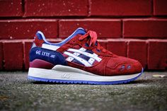 ASICS 2013 Holiday Gel Lyte Collection: ASICS drops a new round of Gel Lytes for the holiday season. With the Gel Lyte III, the shoe has Asics Gel Lyte Iii, Kicks Shoes, Sports Shoes, Shoes Sport, Chelsea Boots, Navy Blue, Footwear, Sneakers, Model